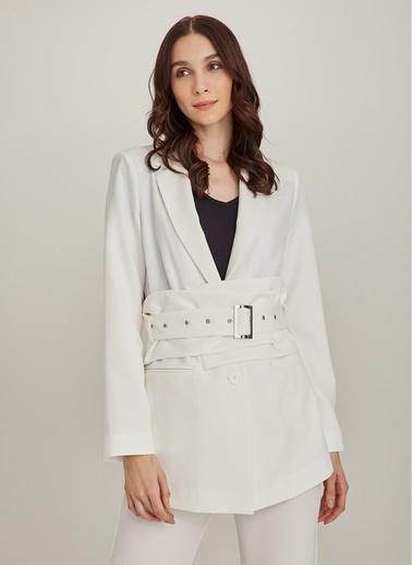 NGSTYLE Çıkarılabilir Kemerli Ceket Beyaz